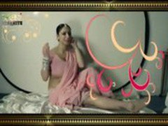 Chodoge to roti paka dungi - Adult Hindi song (MalluFmRadio.Com) (Low)