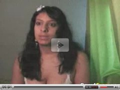 Indian Hottie Uses A Vibrator On Webcam