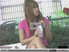 Asian Girls bending over 0079