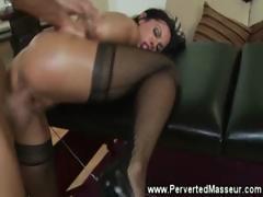 Pornstar babe masturbates while getting fucked
